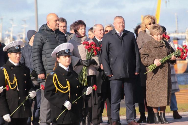 Память погибших моряков почтили на Камчатке