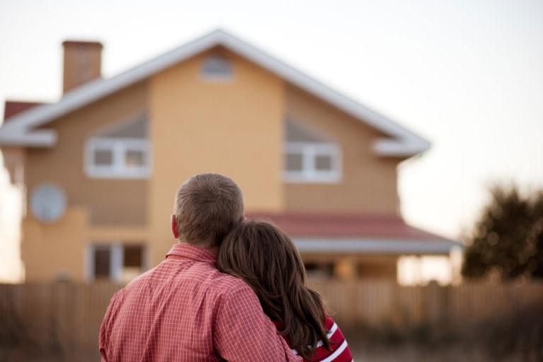 Квартиры под 2% получат молодые семьи на Камчатке