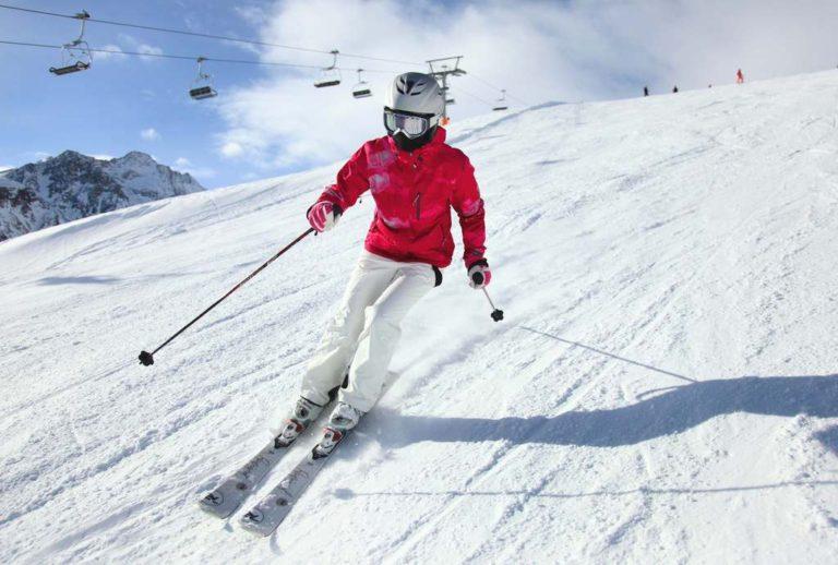 Ребенок получил тяжелые травмы на горнолыжном спуске на Камчатке
