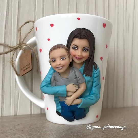 "Творческий подход. Работа Яны - ""мама с ребёнком"""