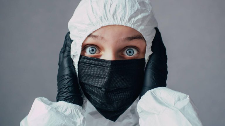 Неверующие в вирус. Почему ковид-диссиденты заблуждаются