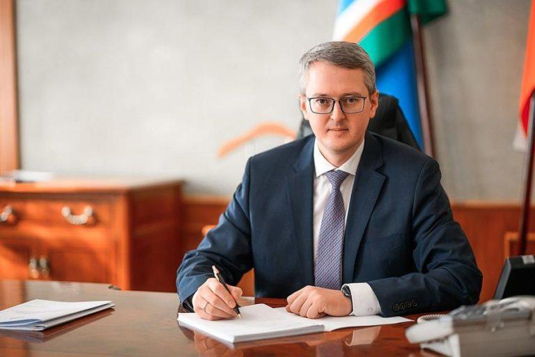 Камчатка сэкономила 1,4 млрд рублей на зарплате чиновников
