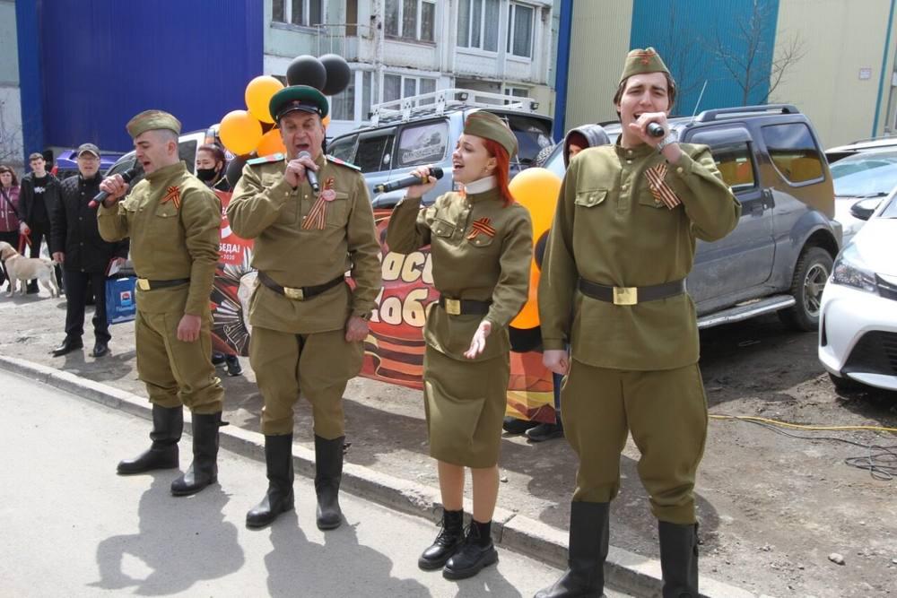 «Фронтовые бригады» поют песни военных лет