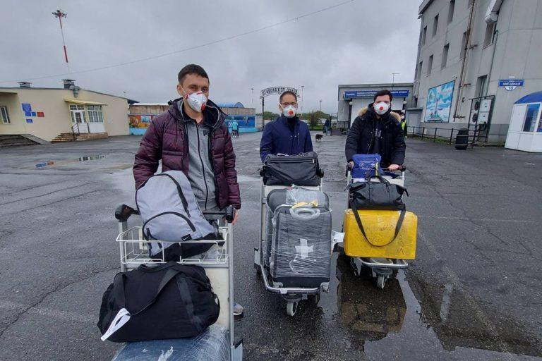 Камчатке оказывают помощь врачи из столицы и других регионов
