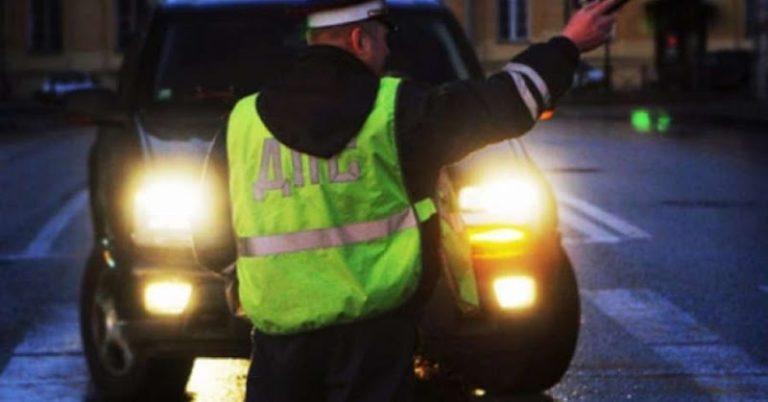 Нарушитель правил дорожного движения привлечен к уголовной ответственности за насилие в отношении инспектора ГИБДД
