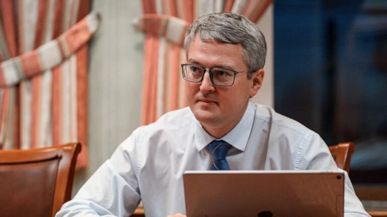 Владимир Солодов рассказал Президенту РФ каким образом намерен наращивать темпы строительства жилья на Камчатке