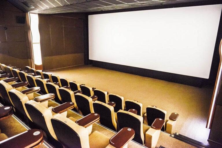 Власти разрешили работу кинотеатров в Камчатском крае