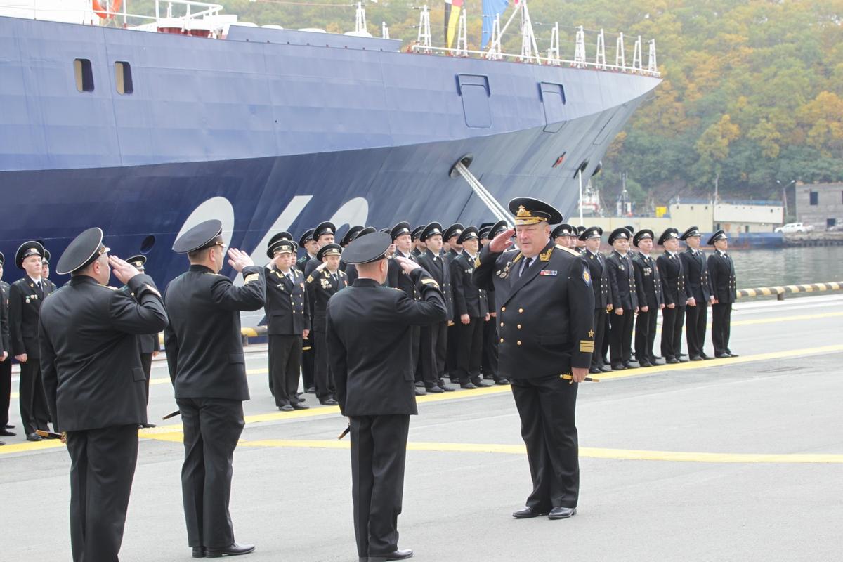Два новых пограничных корабля встретили в Петропавловске-Камчатском