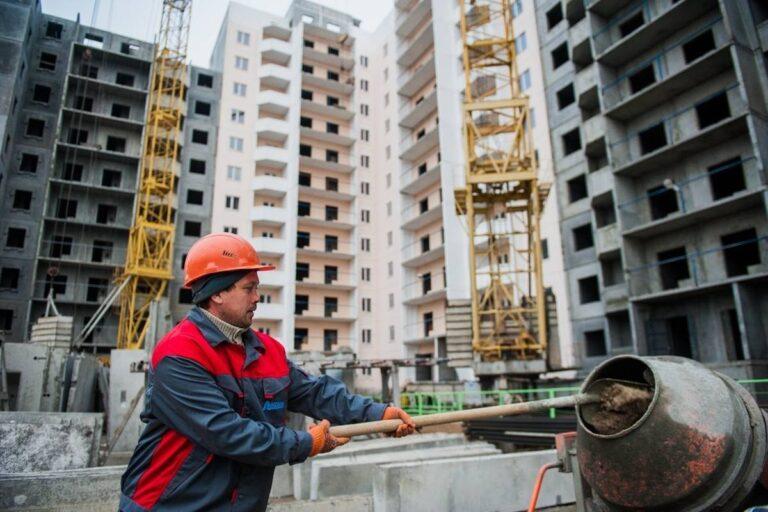 Владимир Солодов: в ближайшие годы Камчатка должна выйти на объём жилищного строительства не менее 100 тысяч квадратных метров