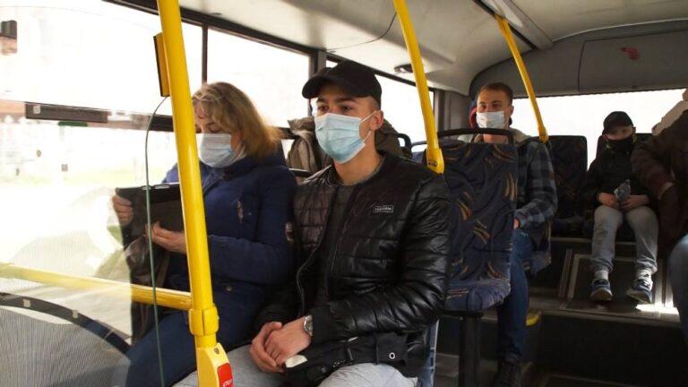 На Камчатке будут штрафовать пассажиров без маски