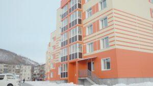 Ключи от новых квартир получили камчатские медики